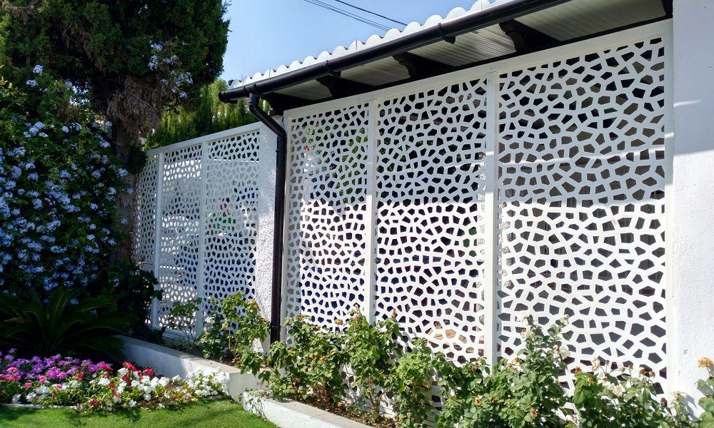 montaje de celosías y vallados jardín Marbella Málaga